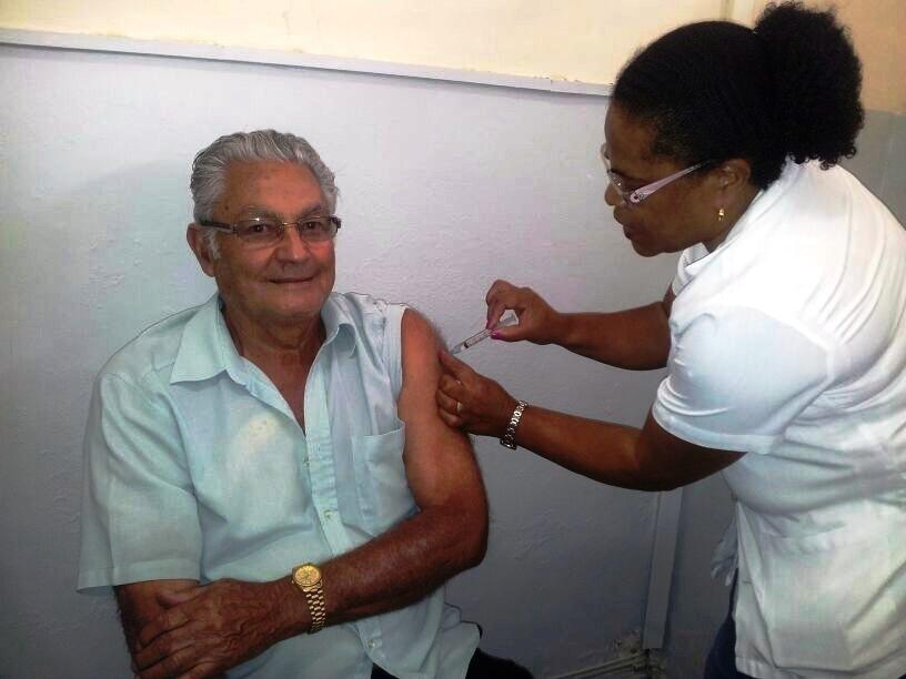 Vacinação contra gripe terá início no dia 18