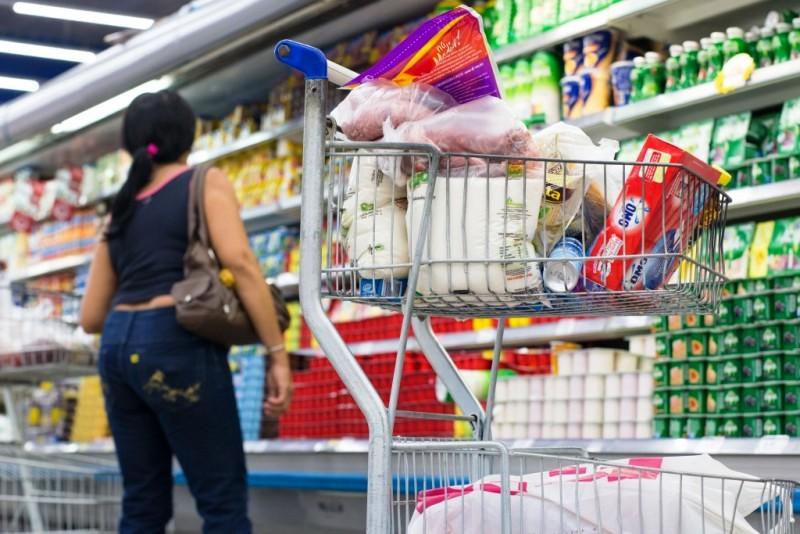 Pesquisa do Procon foi feita em 9 supermercados