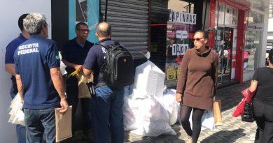 Receita Federal apreende meio milhão de reais em mercadoria irregulares em lojas no centro de Poços