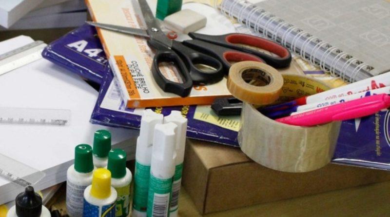 Ipem-MG orienta consumidores na compra do material escolar