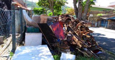 Combate à dengue: mutirão resulta na retirada de 35 toneladas de lixo na zona leste